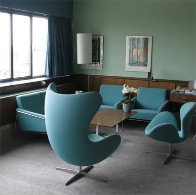 Concrete enthusiast for Arne jacobsen hotel