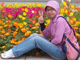 imma-san n flower