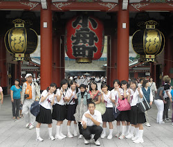 imma-san n friends in Asakusa