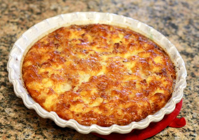 potato crust canadian bacon green chile cheddar quiche with a shredded ...