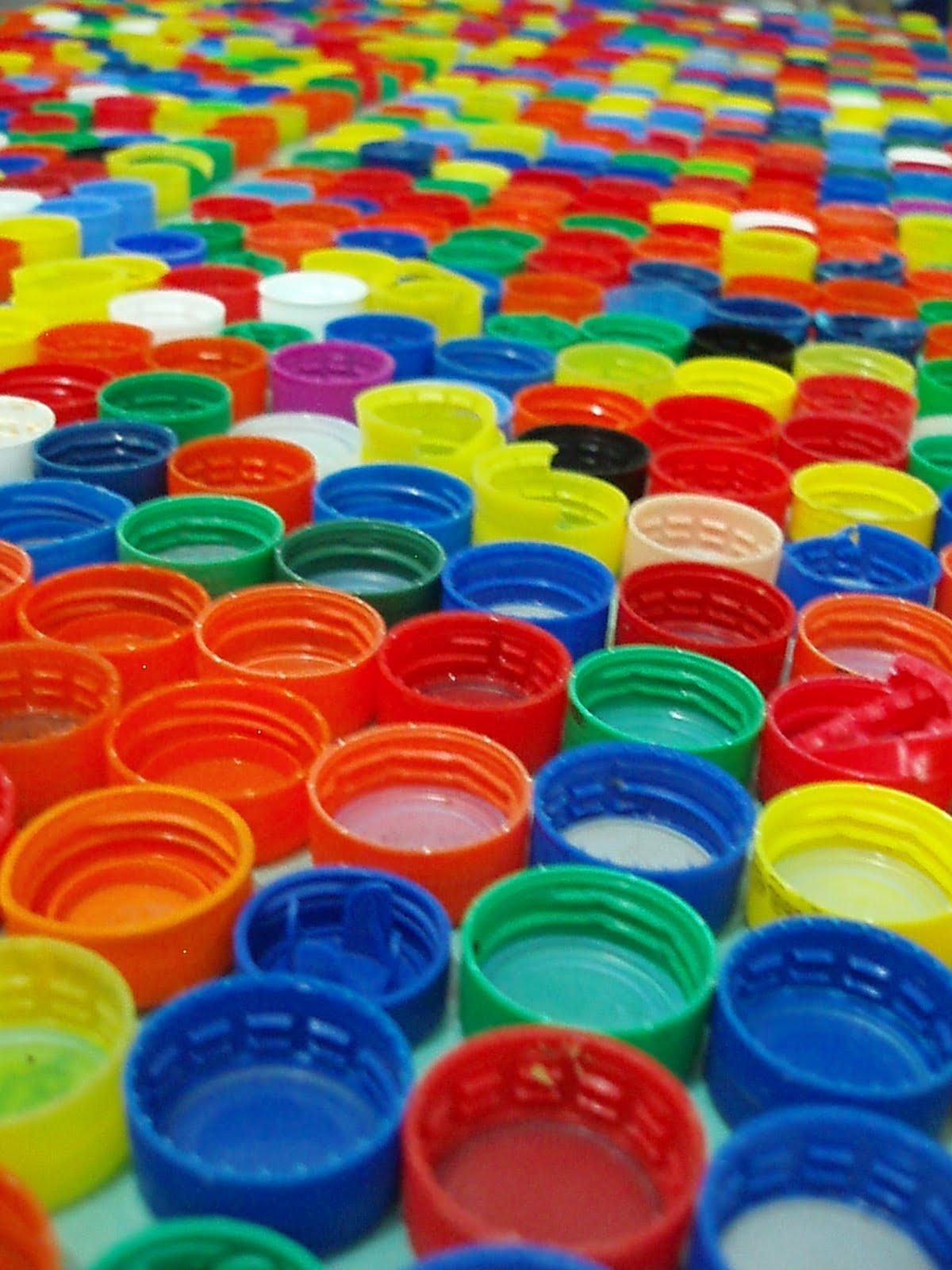 Biblioteca alternativa tilo wenner paran tra tus for Tapas de plastico