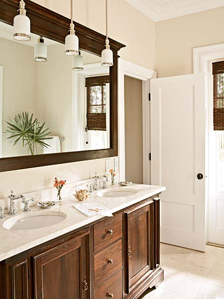 Hanging Vanity Lights Over Mirror : Hi Sugarplum!: {Pizz-Azz} Framing a Bathroom Mirror