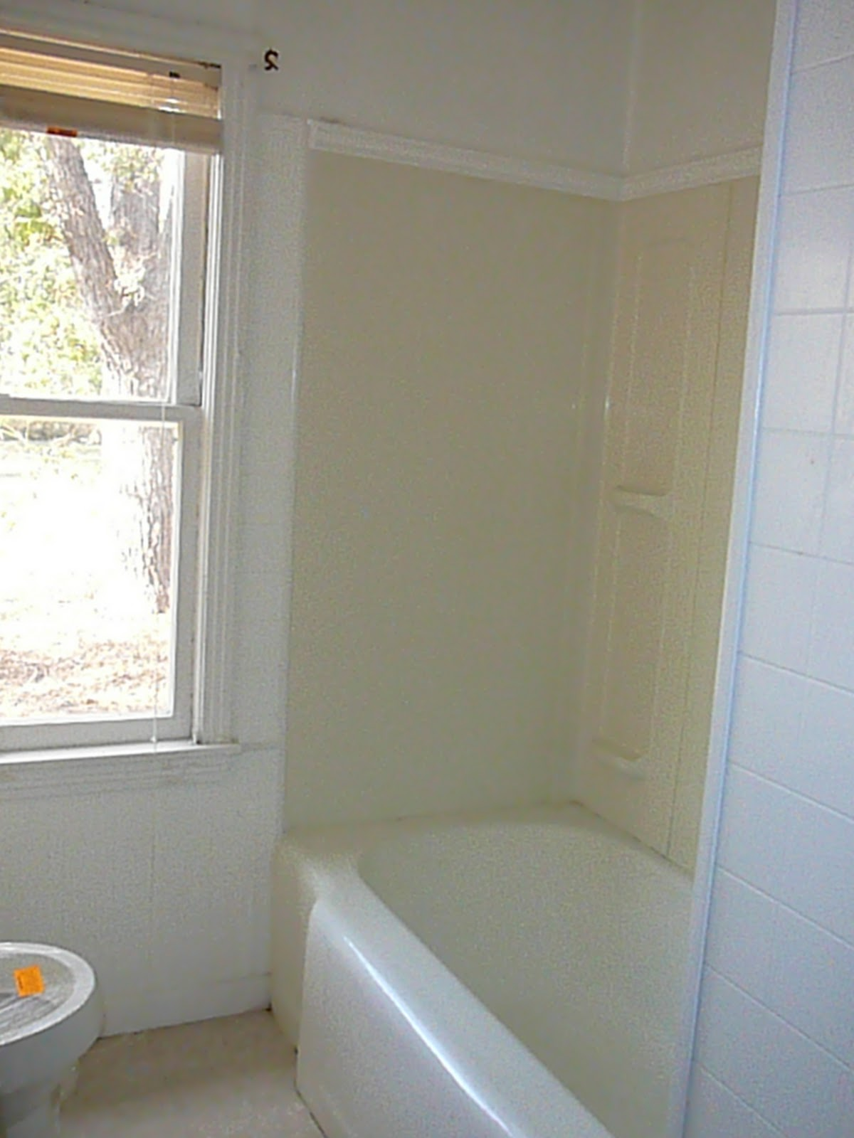 BATHTUB REFINISHING MN, FIBERGLASS BATHTUB REPAIR MN, FIBERGLASS