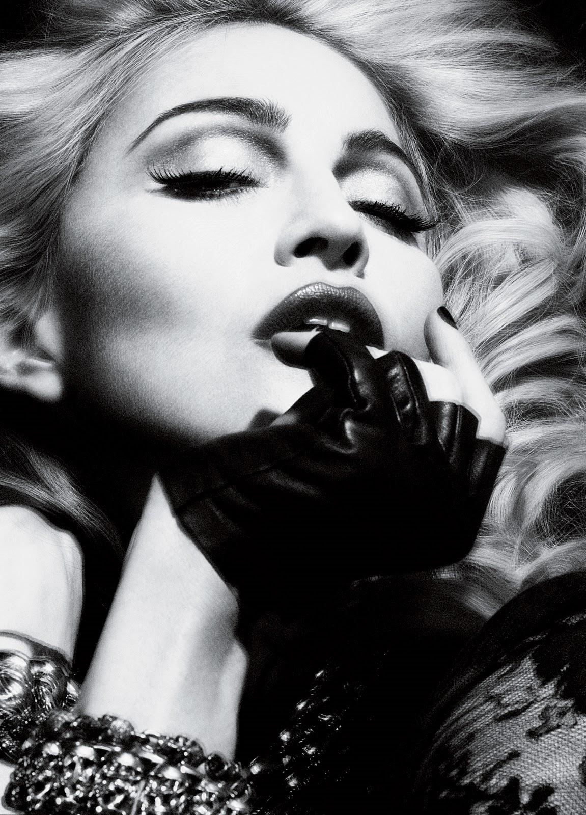 http://4.bp.blogspot.com/_0pynAn-Ksz4/S9_f8R-8_0I/AAAAAAAAJEk/60SgEm3_V2I/s1600/2010+-+Madonna+by+Alas+&+Piggott+for+Interview+-+02.jpg