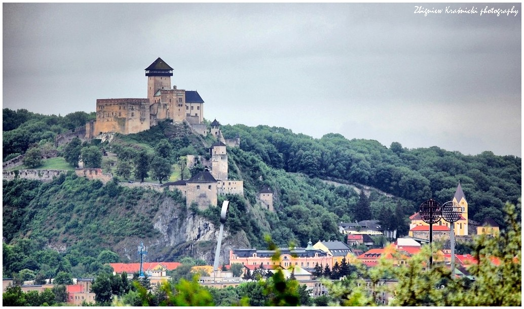 Słowacja. Zamek Lubowniański