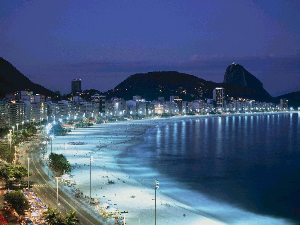 http://4.bp.blogspot.com/_0rQS2BHDqrc/TGIYpusZnoI/AAAAAAAAAC4/FF7QBNwanPw/s1600/haeundae-beach.jpg