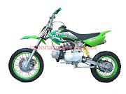 Motos. Mi moto pero con las carcasas verdes. Publicado por Sergio Navarrete .