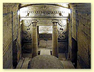 Seven Wonders of the Medieval World - catacombs of kom el shoqafa