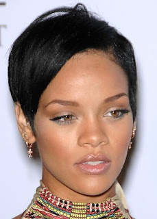 Female Celebrity Hair Style With Black Short Hair Cut With Image Rihanna's Short Hairstyle Gallery Picture 6