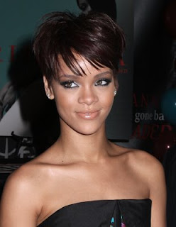 Female Celebrity Hair Style With Black Short Hair Cut With Image Rihanna's Short Hairstyle Gallery Picture 3