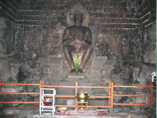 Founded Mendut By Dynasty Sailendra On 8th Century AD 2