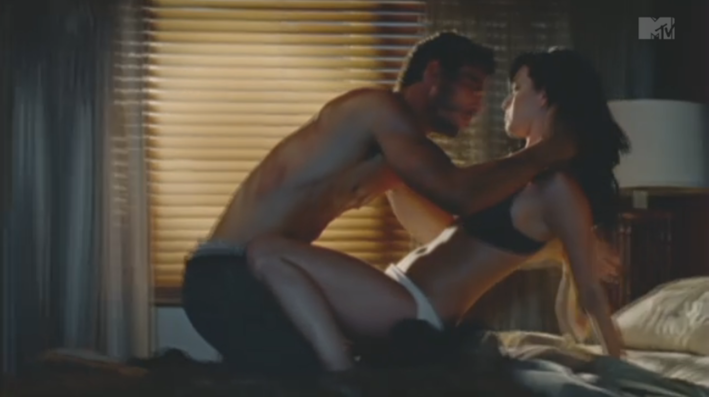 Гифы секс и страсть мысль