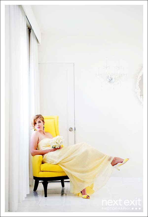 [yello+chair+and+bride]