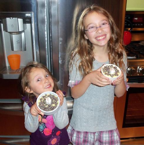 kids with dessert