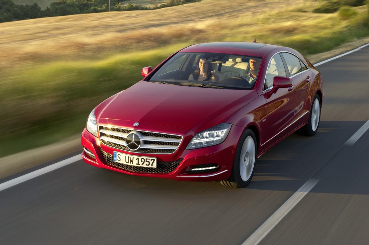 http://4.bp.blogspot.com/_0vQee8oZXq8/TNyrALu3zrI/AAAAAAAAWH8/yGUVadNWgUg/s1600/Mercedes+Benz+CLS+1.jpg