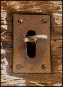 vecchia porta, vecchia chiave