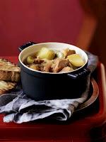 Articole culinare : Tocana de cartofi cu ton/Tuna marmitako