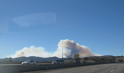 A picture of the November 2007 Malibu fire from the 101 freeway in Calabasas, CA