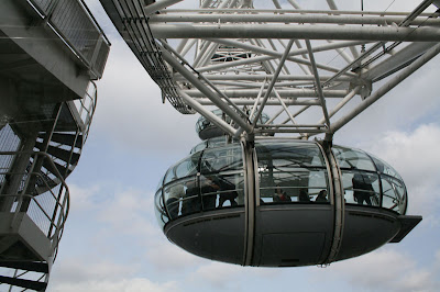 London Eye - A look up to where we will be going