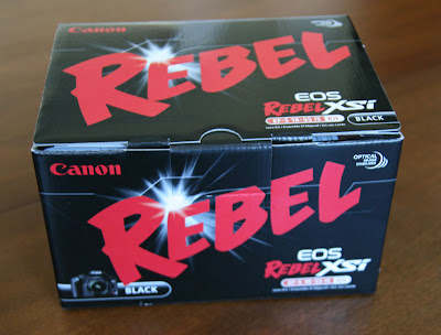 Box shot of the Canon EOS Rebel XSi also known as the 450D