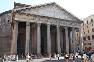 The Pantheon.  I somehow missed this historic site on my last trip.  Now that I am here and seeing how well positioned it is in the middle of the city.  I have no idea.  An impressive building and tomb to Rafael, the doors way 22-tons each – and they close each evening.