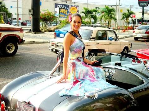 Belleza de Karen deslumbra en Ecuador