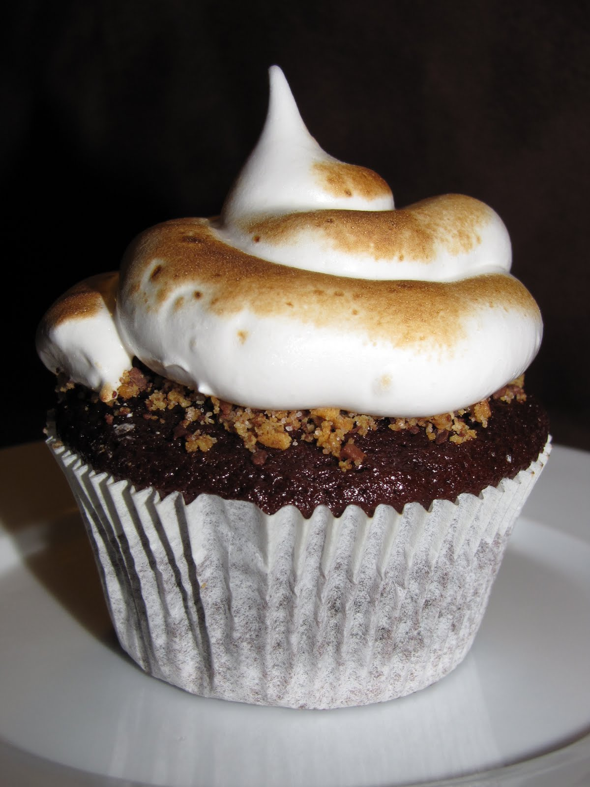 ... to Cook: Chocolate Graham Cracker Cupcakes with Toasted Marshmallow