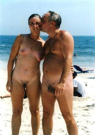 Look contos de família nuas em praias de nudismo