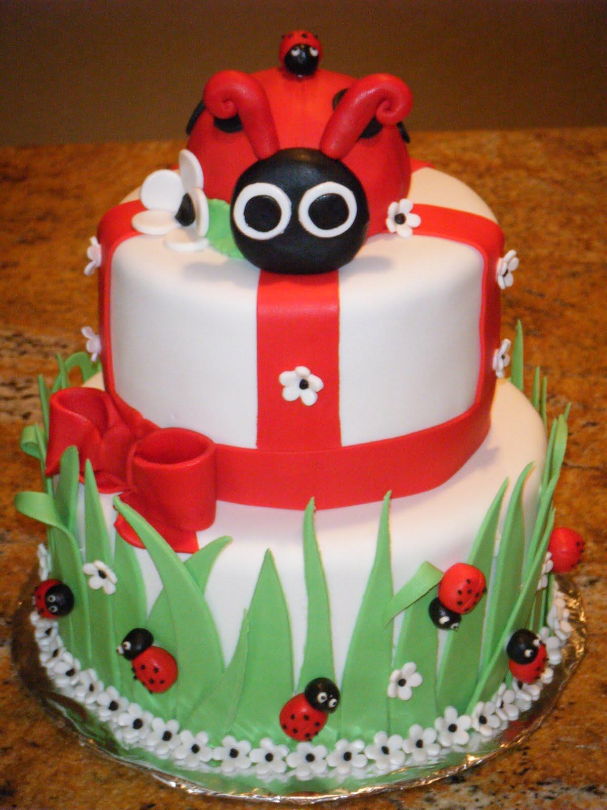 Ladybug Cake Design