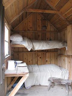 Ideias de decoração mobiliário | quarto com duas camas