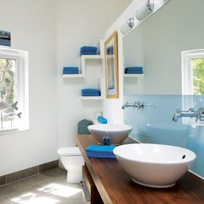 Casa de banho azul