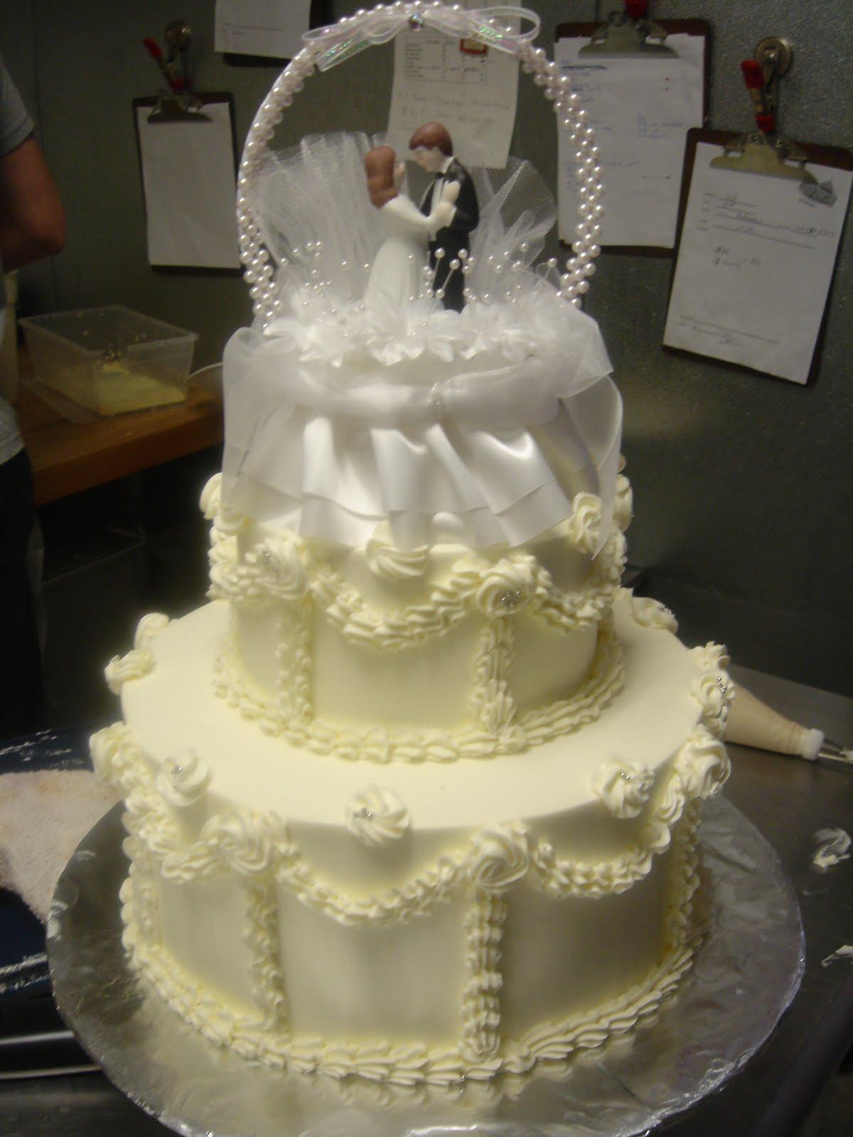 Wedding cakes 50 yrs ago