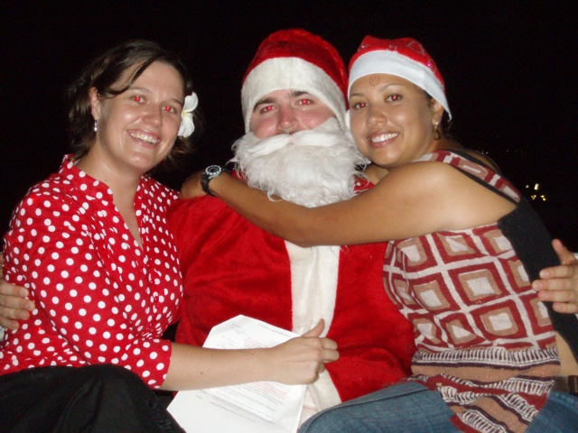[Pun+with+Santa.jpg]