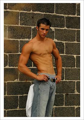 Hunk in Blue Jeans: December 2009