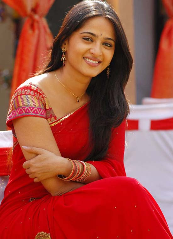 Anushka Shetty - Wallpaper Colection