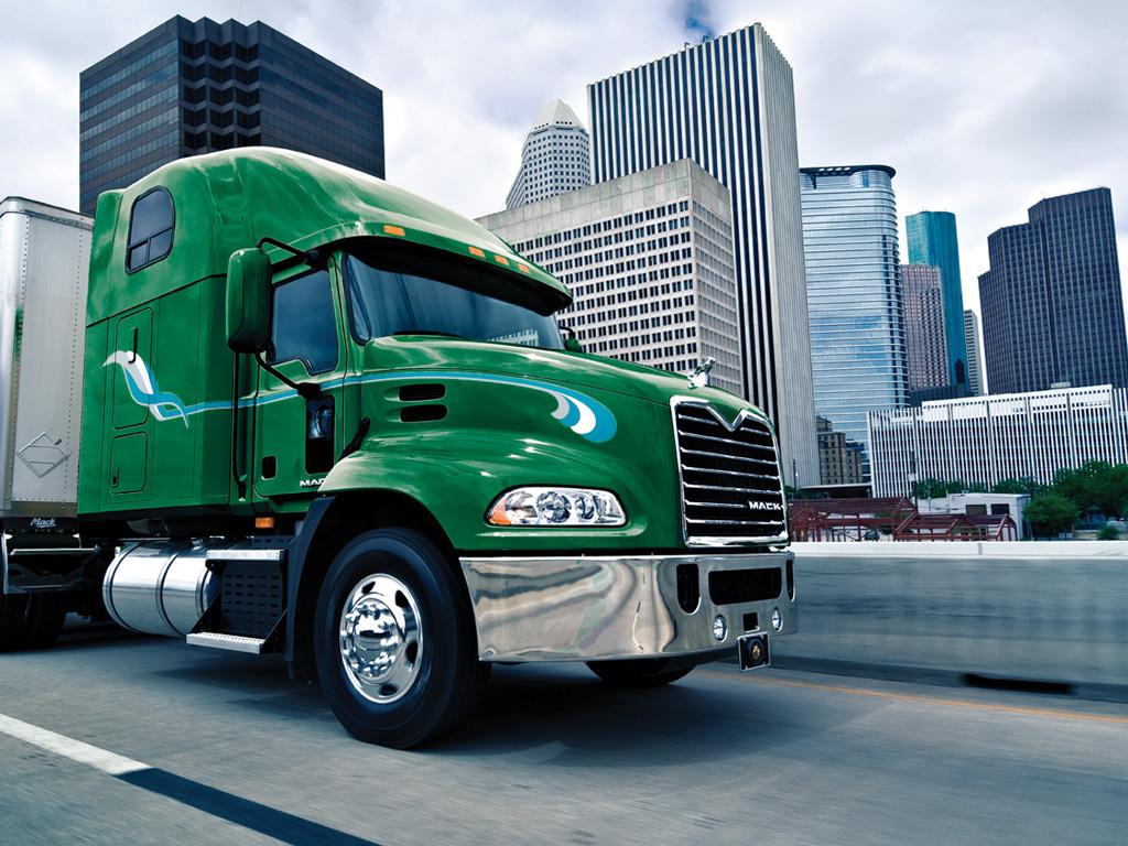 camiones americanos mack superliner pasion por los camiones. Black Bedroom Furniture Sets. Home Design Ideas