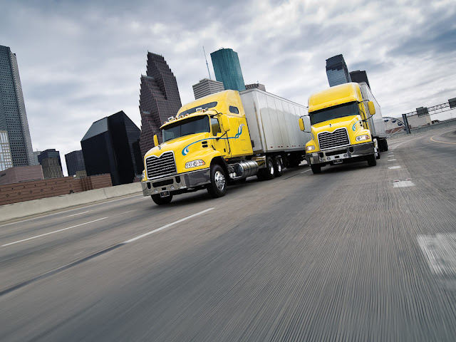 videos de camiones americanos mack 3