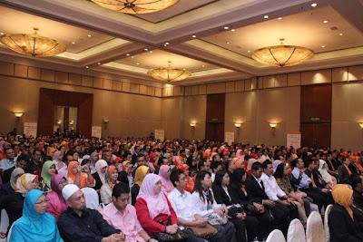 Ballroom penuh sesak dengan ahli VeMMA dari seluruh MALAYSIA & INDONESIA