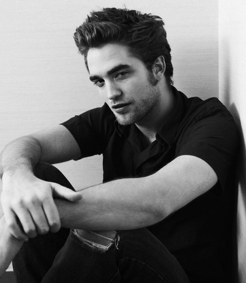 [Robert+Pattinson+should+be+illegal.jpg]