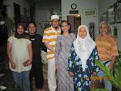gambar aku & family beraya bersama family ayahanda YDP
