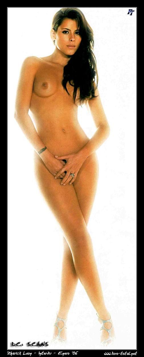 Zharick Leon Fotos Nude 91
