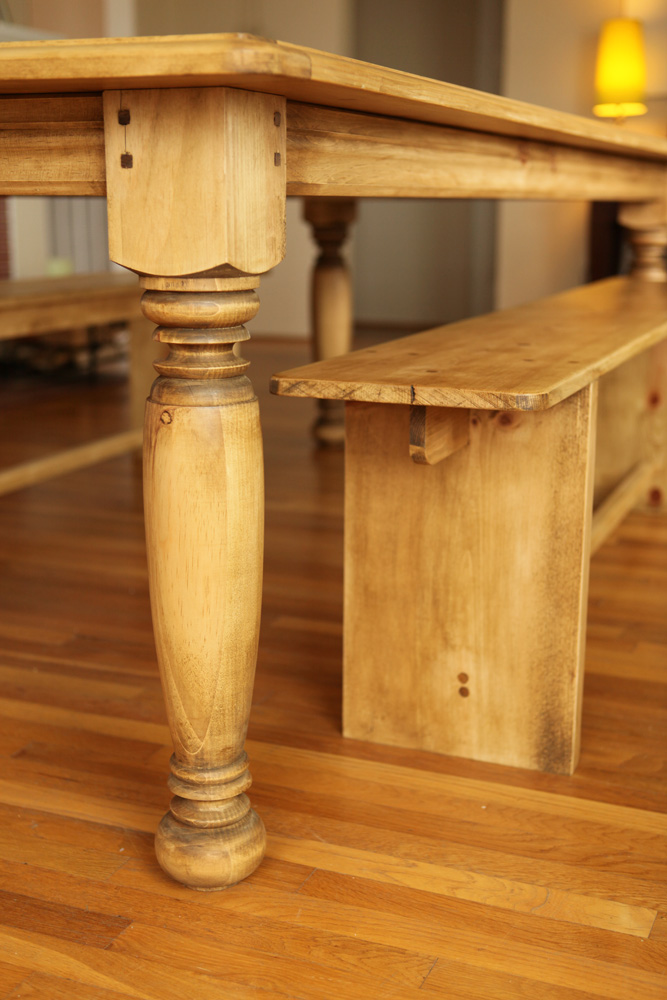 Farmhouse Table With Hand Turned Legs Farmhouse Table