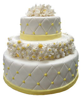 final wedding cake with sugar chrysanthemums