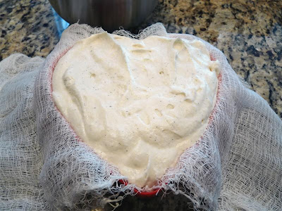 Making Coeur a la Creme ButterYum