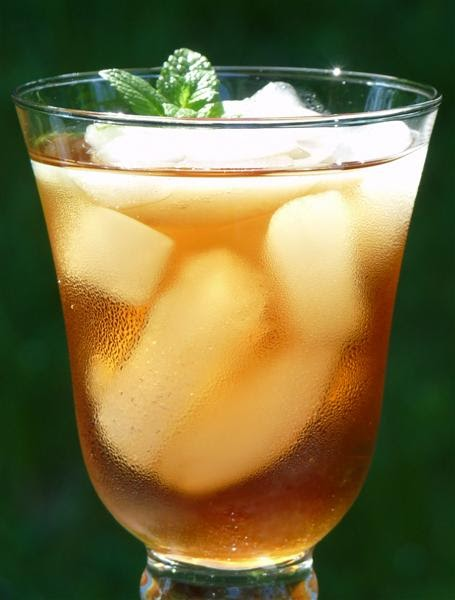 Easy Sweet Tea Ice Iced