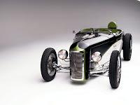 Ford Dynaliner Deuce Roadster 1932