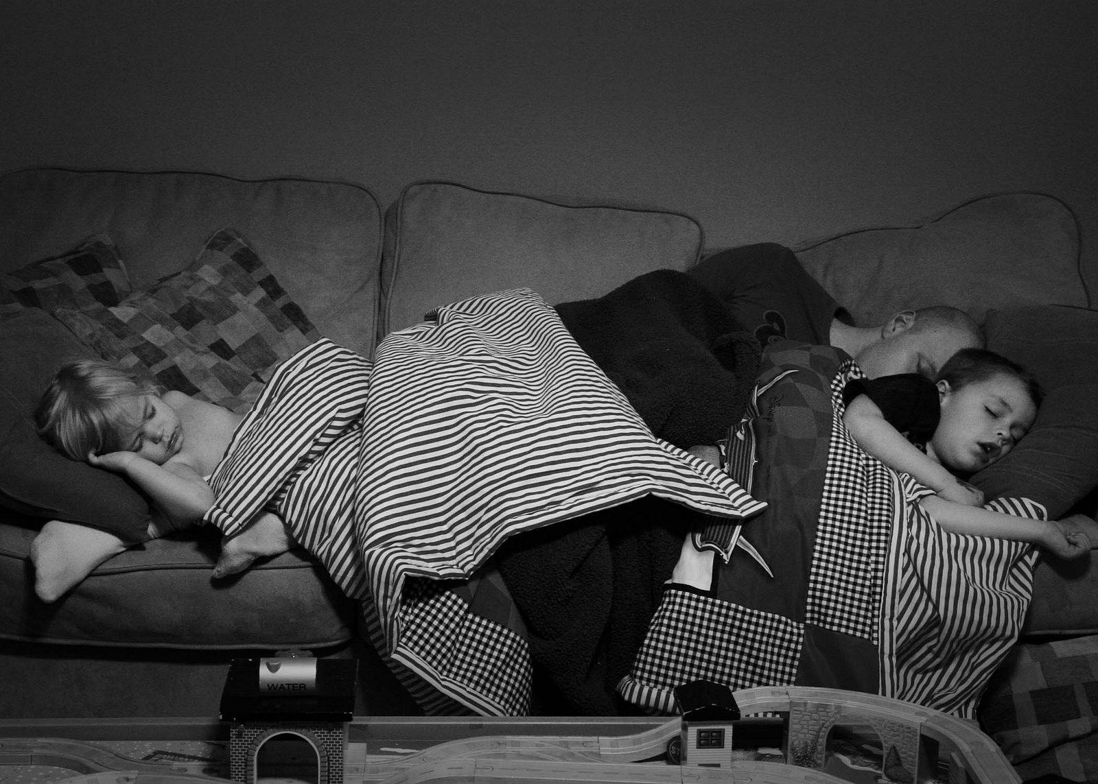 [fam+asleep+3.07]