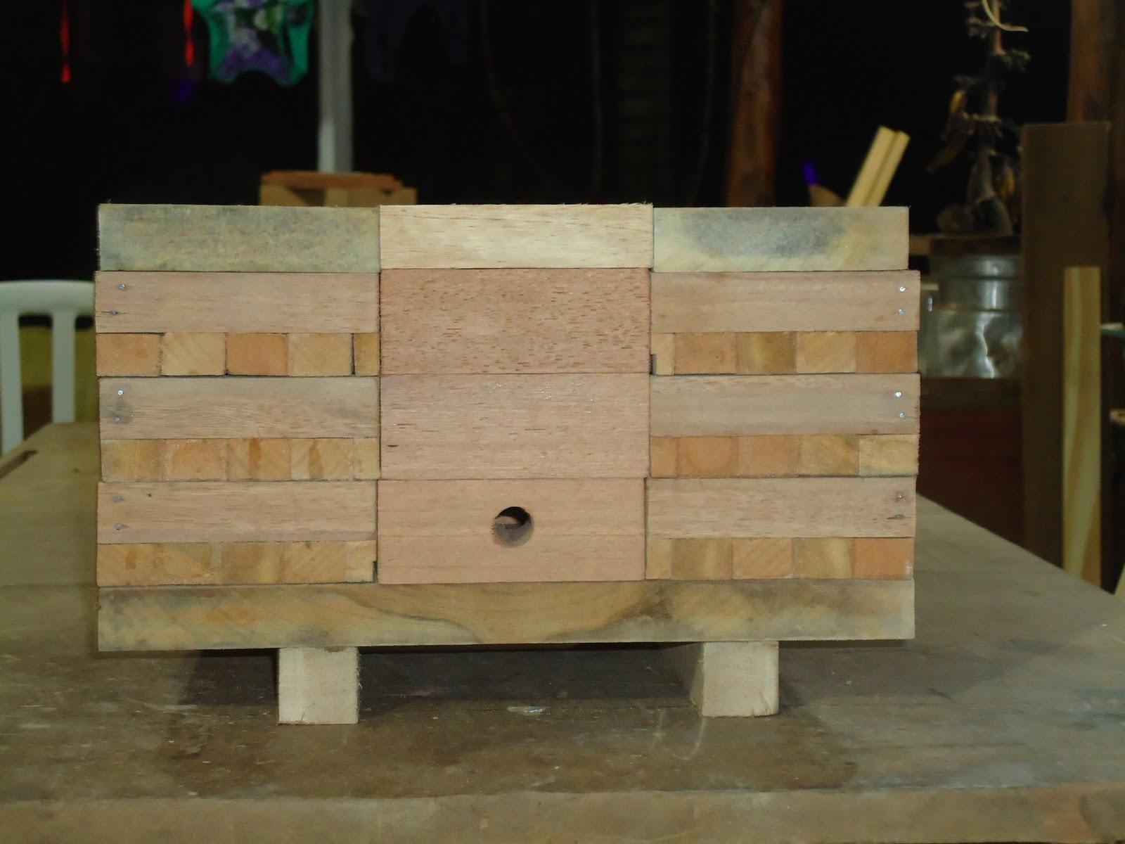 Caixas para meliponicultura e criação de abelhas sem ferrão: Caixa  #896D42 1600x1200