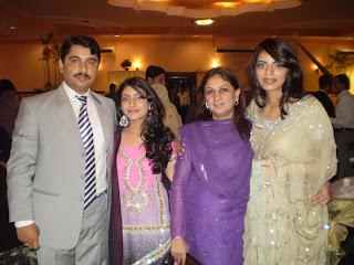 Desi Girls Fans