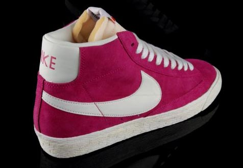 nike blazer tongue